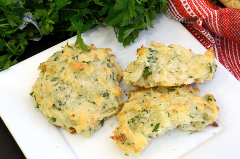 Herb+and+Cheese+Drop+Biscuits